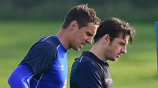 Stalwarts Bain and Jagielka To Stay on at Everton