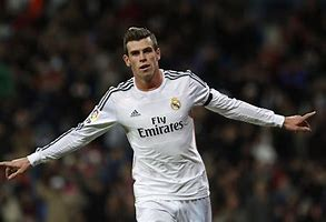 Liverpool and Tottenham to fight for Bale