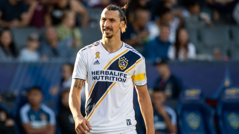 Zlatan Ibrahimovic set for LA Galaxy talks over prolonged MLS stay