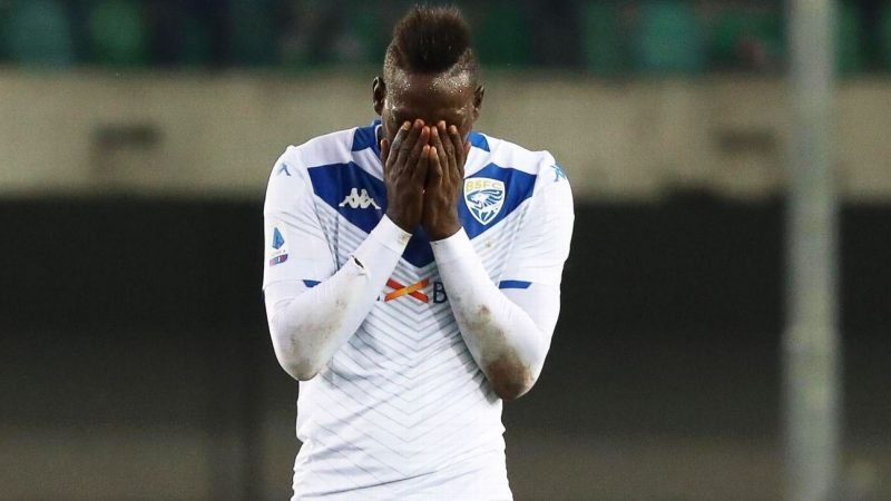 Mario Balotelli hits back at 'ignorant' Verona ultra's remarks: 'You are the ruin'