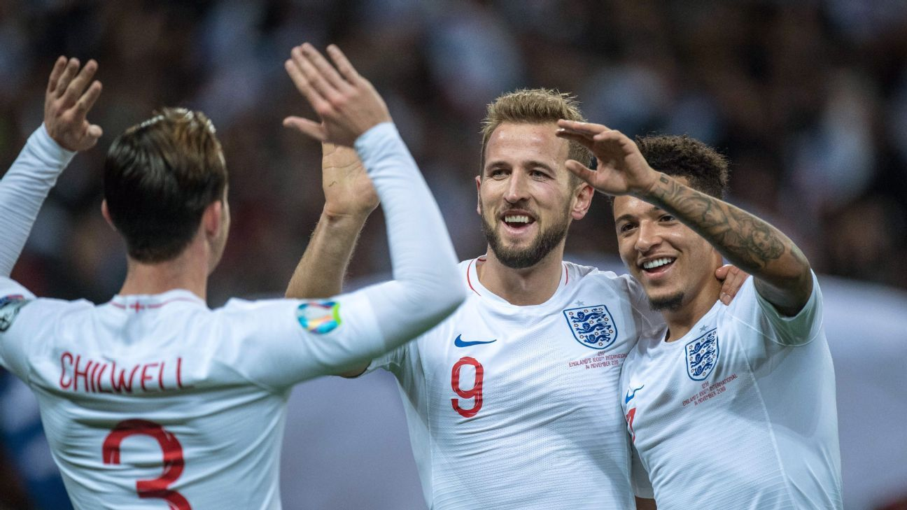 England seal qualification in style on night they honoured past, showcased exciting future