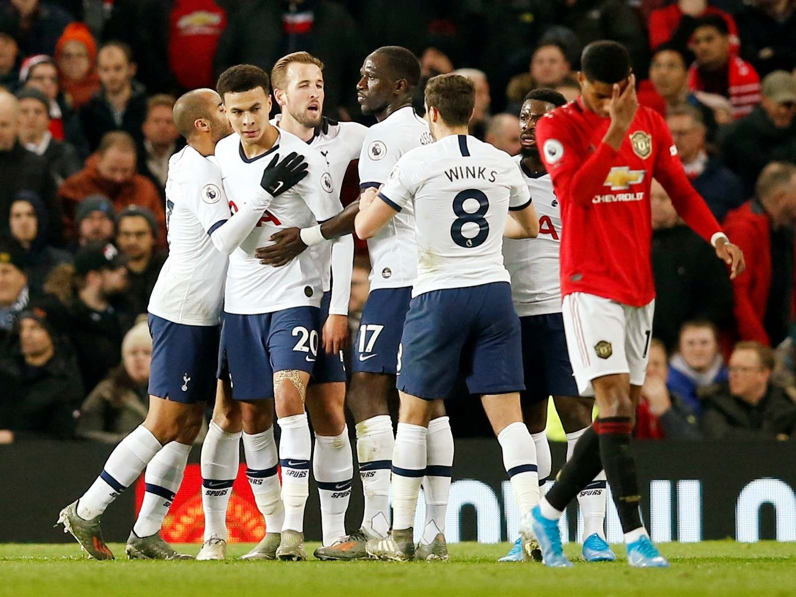 Manchester United vs Tottenham LIVE: Latest Premier League updates tonight