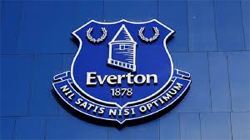 American Toffee fulfills lifelong dream to photograph Blues at Goodison Park