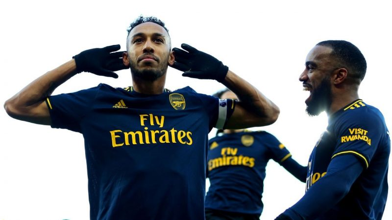 Arsenal's Aubameyang 8/10 for rescuing draw on Ljungberg's debut as coach
