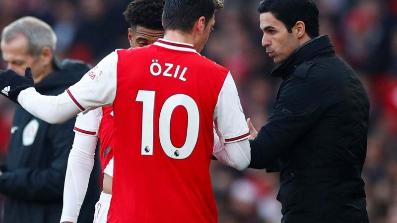 Mikel Arteta challenges Mesut Ozil to find consistency at Arsenal after upturn in form