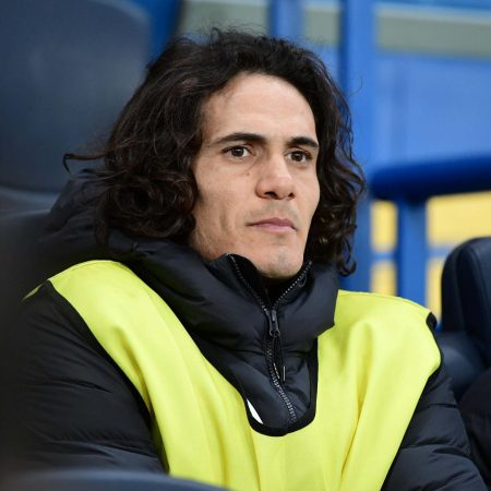 Chelsea transfer news: Frank Lampard refuses to rule out move for PSG's Edinson Cavani