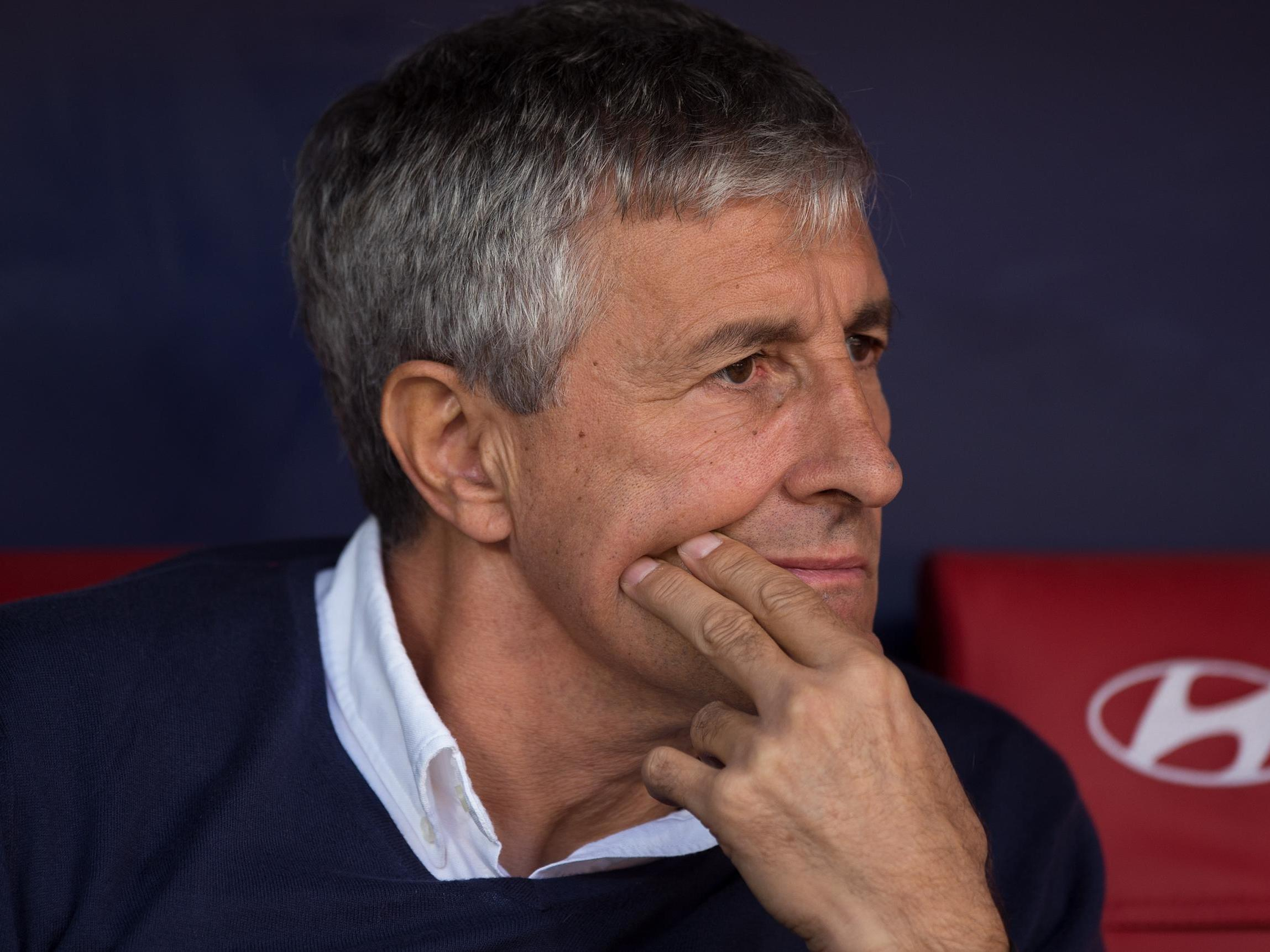 Barcelona sack Ernesto Valverde and appoint former Real Betis manager Quique Setien as replacement