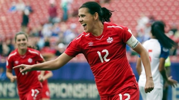 Canada's Christine Sinclair becomes international soccer's all-time leading goal scorer with 185th goal : WomensSoccer