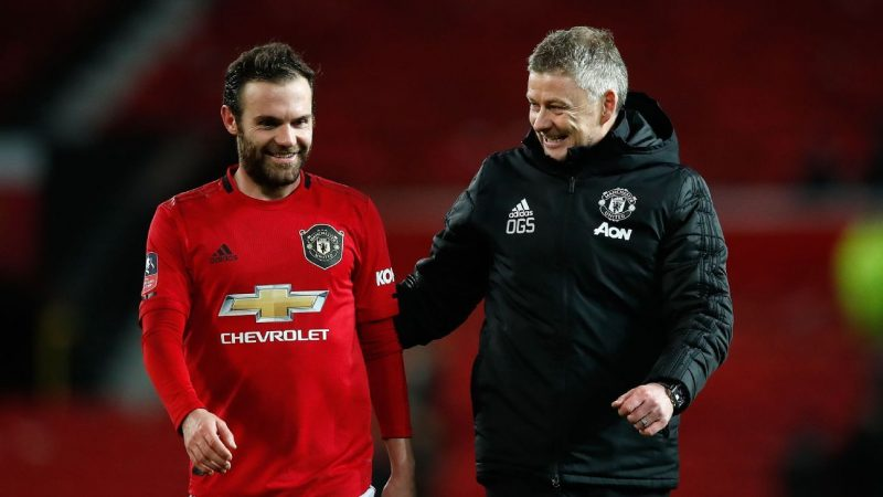 Manchester United's Juan Mata showing way with goals, leadership for young side