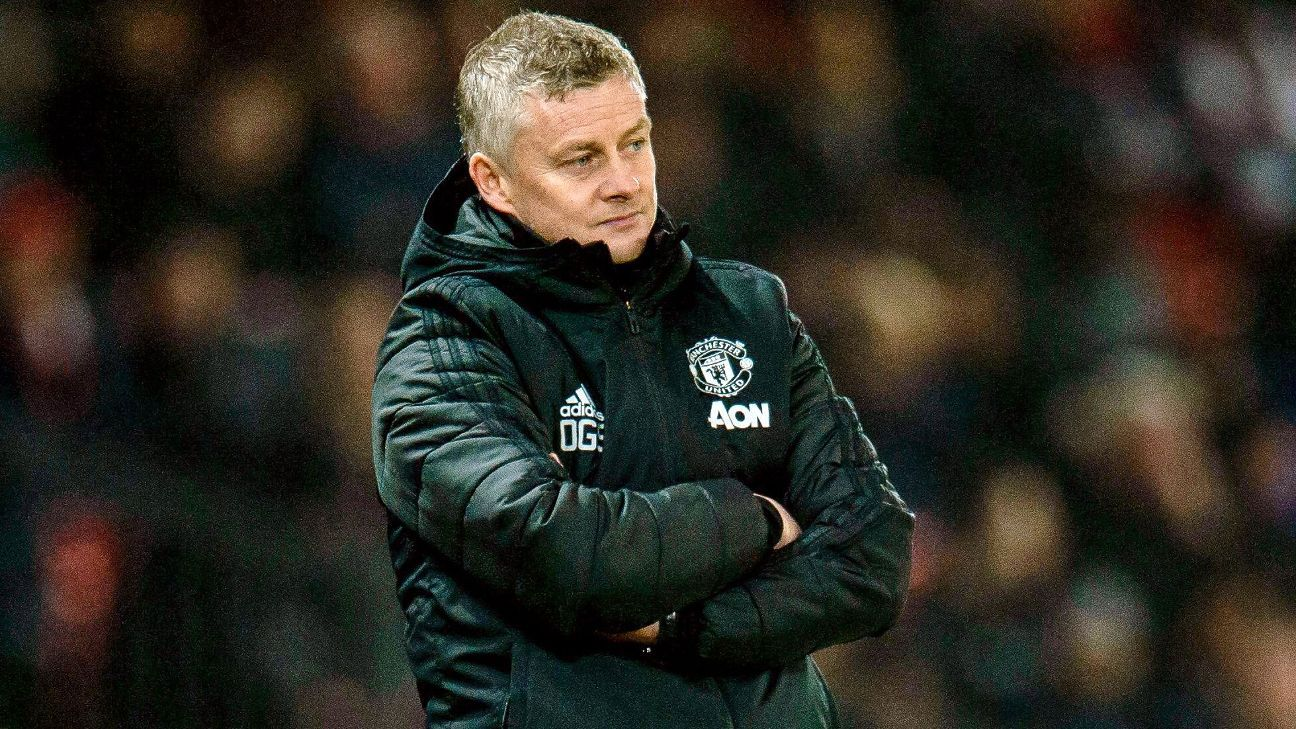 Manchester United want striker in January to add to Fernandes