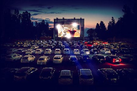 4THEFANS LAUNCHES DRIVE-IN FOOTBALL EVENTS NATIONWIDE