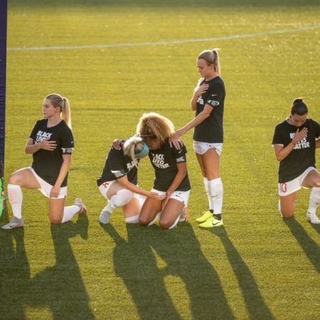 Going First, by Lindsay Gibbs : WomensSoccer