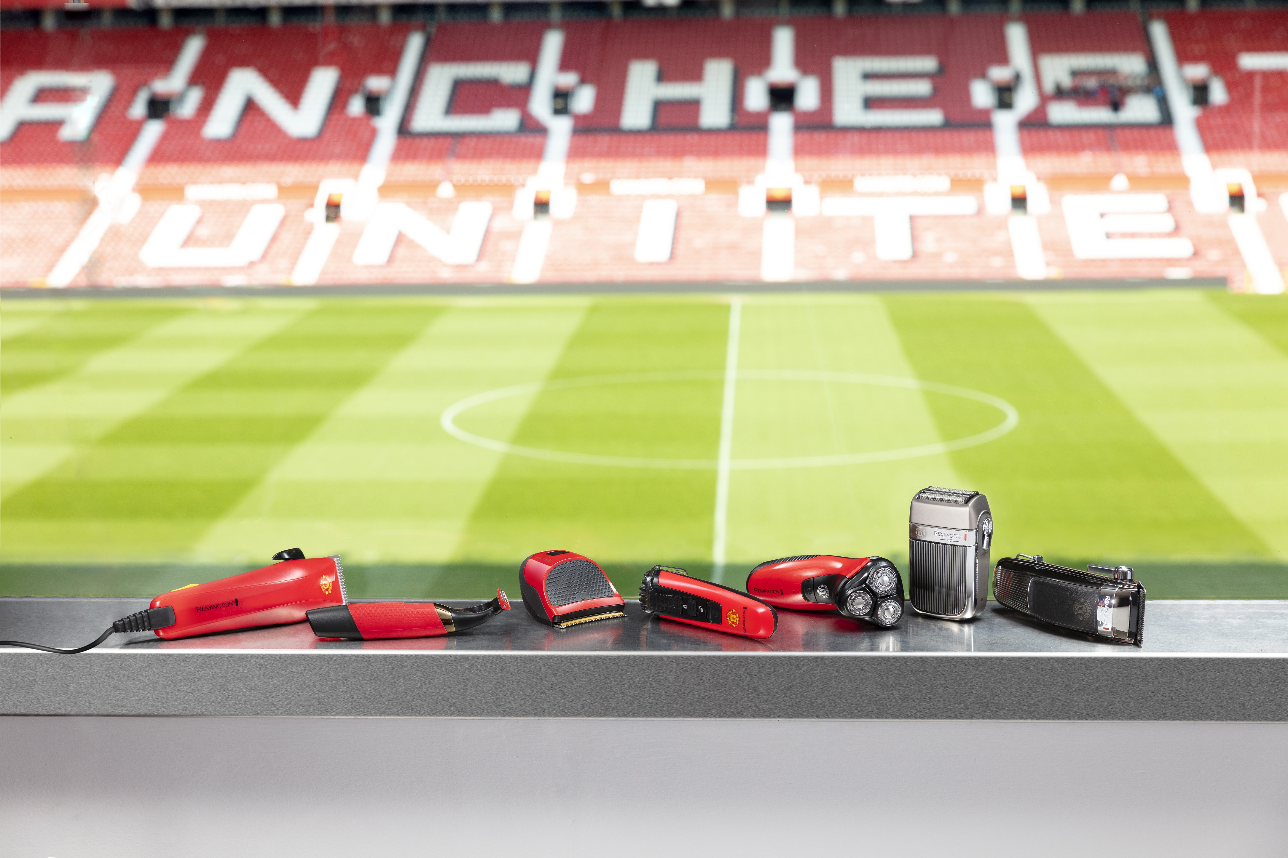Official Manchester United Collection by Remington