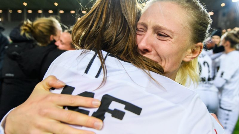 Swedish women's champions Göteborg FC dissolves its team after losing 5-1 (aggregate) to Manchester City in the Women's Champions League. All players are released from contracts : WomensSoccer