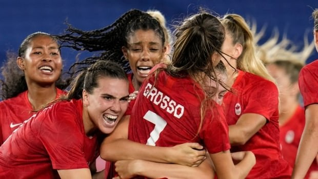 Canada's women's soccer team is more popular than ever — so where's the merch? : WomensSoccer